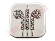 earpod-handsfree-earphones-with-retro-design-in-box