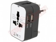 adaptador-de-red-universal-retractil-con-usb-x2